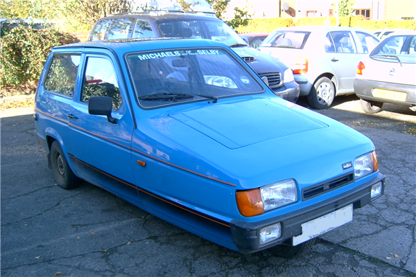 3-wheel Robin Reliant