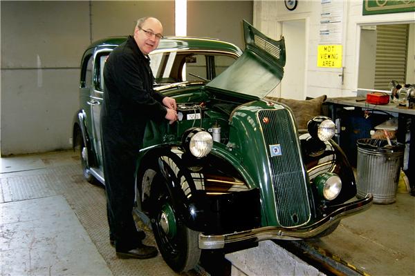 Morris 8 in the workshop