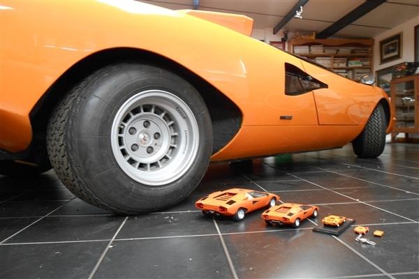 The Orange Cars