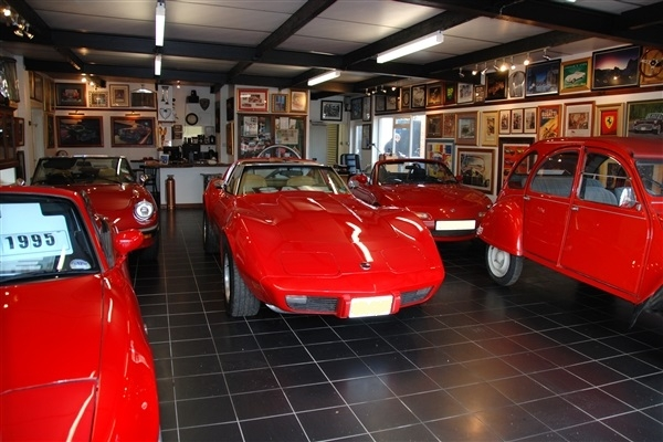 The Red Cars